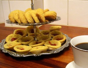 kakfat med två sorters kakor